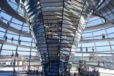 Berlin Reichstag and Glass Dome Private Tour