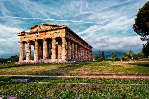 Paestum: Temples and Museum Tour with Archaeologist Guide