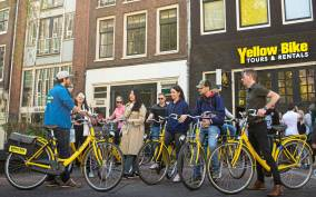 Amsterdam: 2-Hour Guided Bike Tour
