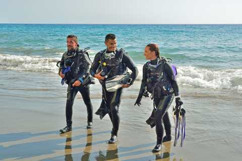 From Hurghada: Shore Diving with Hotel Transfers