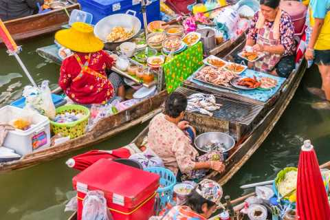 Floating Markets Amphawa & Thaka: Private Weekend Tour