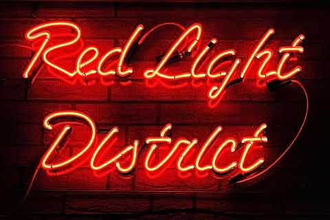 Amsterdam: Red Light District Exclusive Night Tour