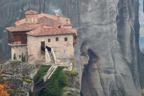 Meteora: Full Day Trip by Train from Thessaloniki