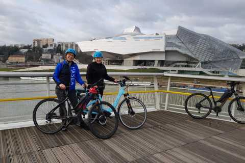 Lyon: Old And New City E-Bike Tour with Silk Shop Visit