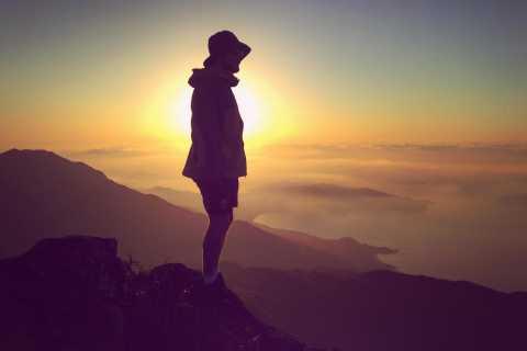 Hong Kong: Lantau Peak Sunrise Climb