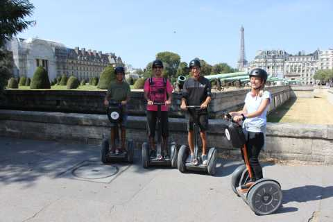 Paris: 1-Hour Guided Segway Tour with Photoshoot