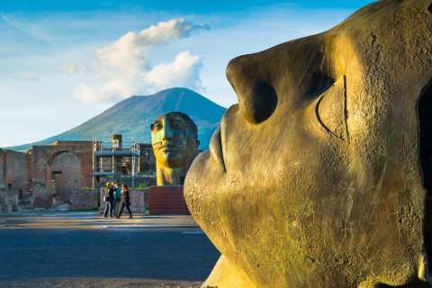 Pompeii and Mount Vesuvius: Small-Group Skip-The-Line Tour