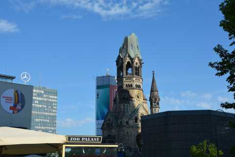 Berlin: City-West Walking Tour with a Real Berliner