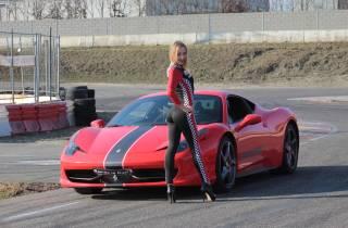 Mailand: Testen Sie einen Ferrari 458 auf einer Rennstrecke mit Video