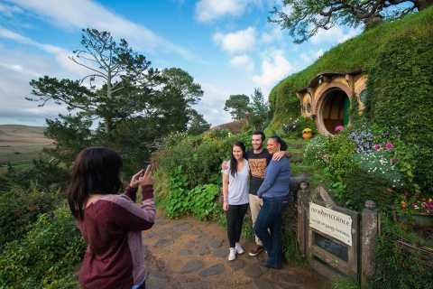Hobbiton Movie Set Small Group Tour From Auckland (Return)