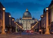 Rom: Kleingruppentour Vatikan & Kolosseum bei Mondschein