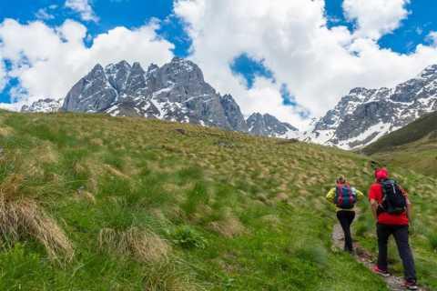From Tbilisi: Gveleti and Juta Full-Day Hiking Tour