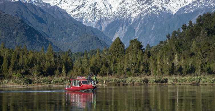 Franz Josef Glacier: 2-Hour Scenic Lake Mapourika Cruise