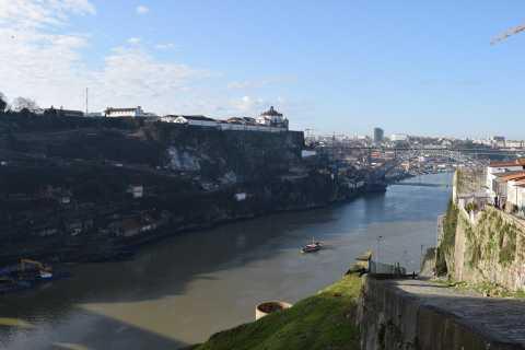 Porto: Private Alternative City Tour