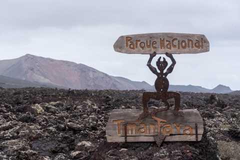 From Fuerteventura: Lanzarote Volcano and Wine Region Tour