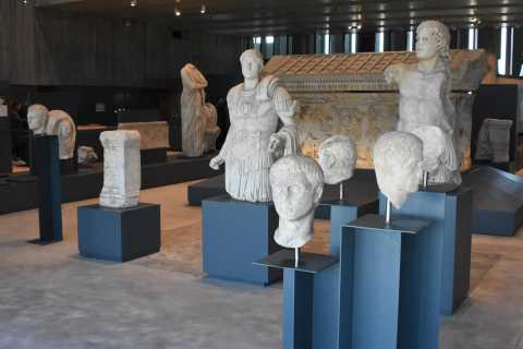 Canakkale: Full-Day Ancient Troy and Museum of Troy Tour