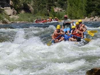 Von Denver oder Boulder: Browns Canyon Private Rafting Tour