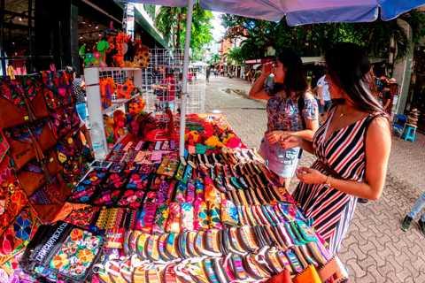 From Cozumel: 5th Avenue Shopping Tour at Playa del Carmen