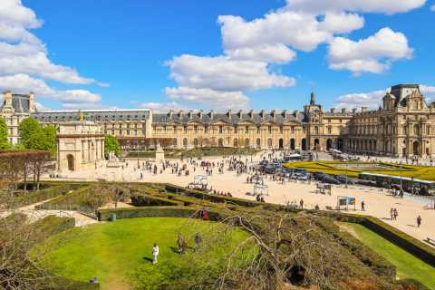 Louvre Museum Skip-the-Ticket-Line Entry and Guided Tour