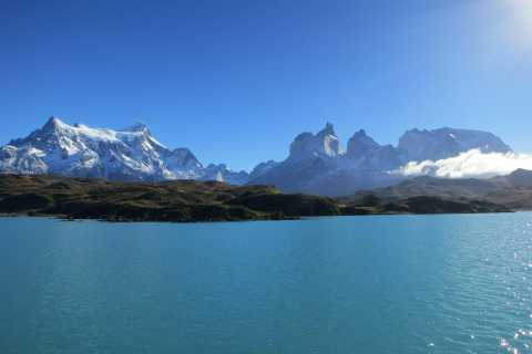 Puerto Natales: Full-Day Torres del Paine Tour