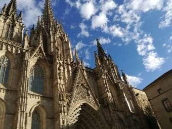 Barcelona: Sagrada Familia und Rundgang durch das Gotische Viertel