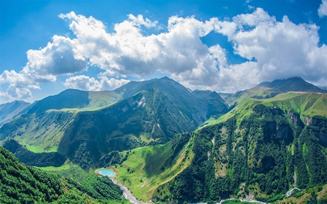 Tbilisi: Jvari-klooster, Ananuri, Gudauri en Kazbegi Tour