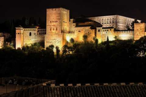 Granada: Generalife & Alhambra Surroundings Night Tour