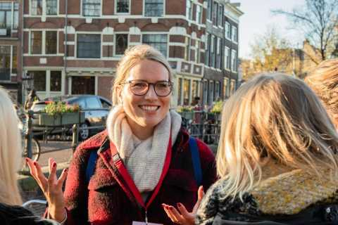 Amsterdam: Culture & History Walking Tour in German