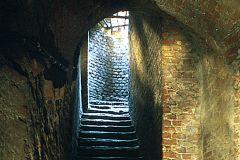 Excursão a pé subterrânea única de 3 horas em Torino
