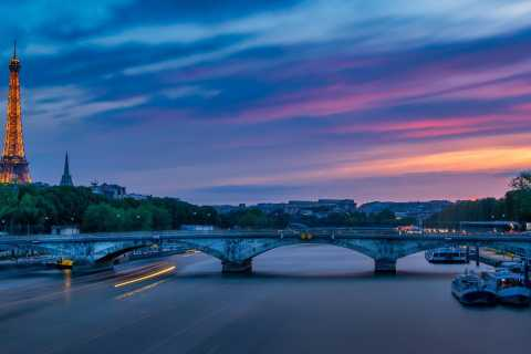 Paris: Seine Cruise & Crepe Tasting in der Nähe des Eiffelturms