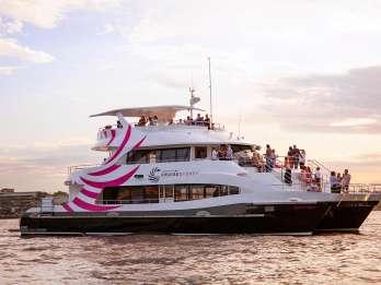 Sydney: Hafenrundfahrt mit 3-Gänge-Premium-Abendessen