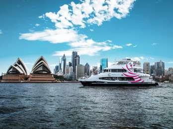 Sydney: Hafenrundfahrt mit 2-Gänge-Premium-Mittagessen