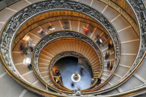 Vatican Museums and Sistine Chapel: Tour and Happy Hour