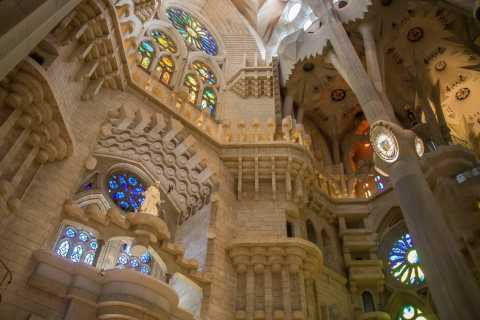 Barcelona: 2-Hour Gaudi's Sagrada Familia Private VIP Tour