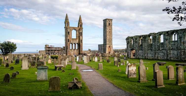 From Edinburgh: St Andrews & Dunnottar Castle Tour in French