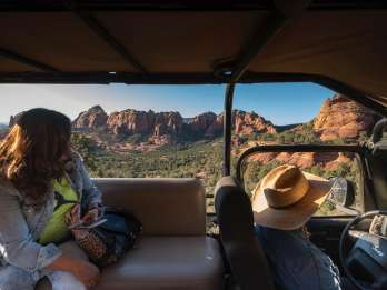 Von Sedona: 1,5-stündige Oak Creek Canyon Jeep Tour