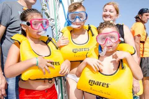 Alicante: 3 uur durende kustcatamarancruise met snorkelen