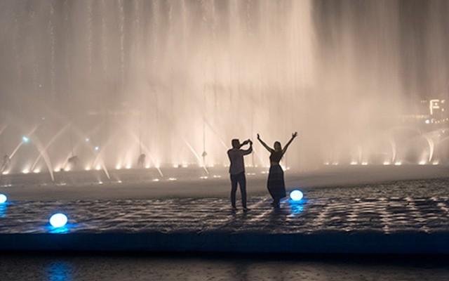 Burj Khalifa Levels 124 & 125 and Dubai Fountain Boardwalk