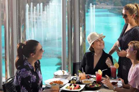 Dubai: Friday Pool e BBQ Brunch al Burj Khalifa