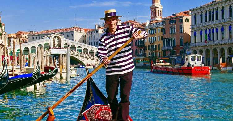 Venice: Private 1-Hour Gondola Tour