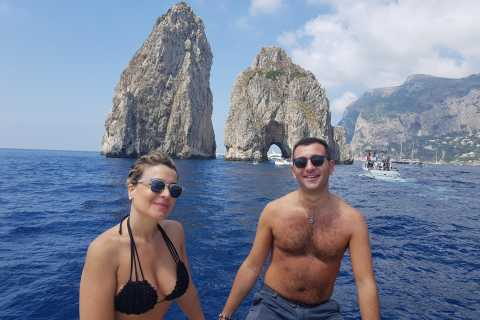 Capri: Day & Night Small Group Tour with Aperitif