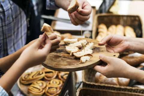 Paris: 1-Hour Montmartre Bakery Experience with Tasting