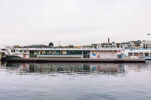 Berlin: 2,5-stündige Tour auf einem Luxus-Solar-Katamaran