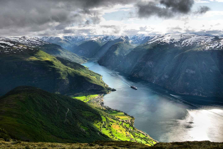 Von Bergen: Privater geführter Tagesausflug zum Sognefjord