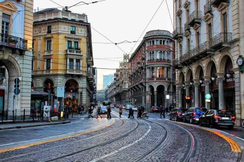 Turin: Walking Tour with Royal Palace and Egyptian Museum