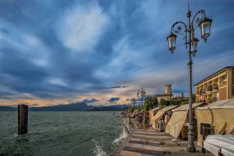 Lago di Garda: tour in barca al tramonto di Sirmione