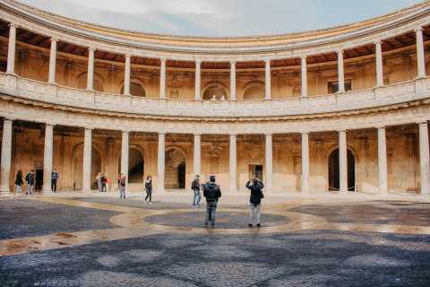 Granada: Alhambra Carlos V Palace & Surroundings Guided Tour