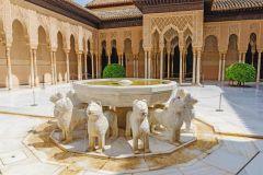 Alhambra: ingresso completo com guia de áudio