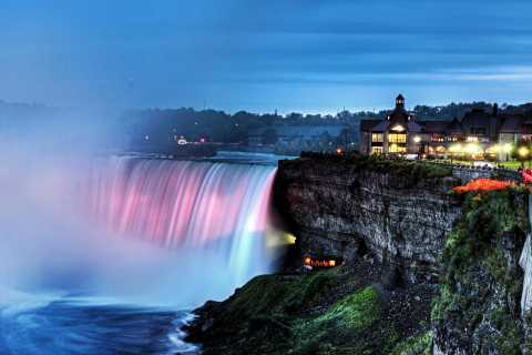 Niagara Falls, Canada: Falls by Day and Night with Dinner