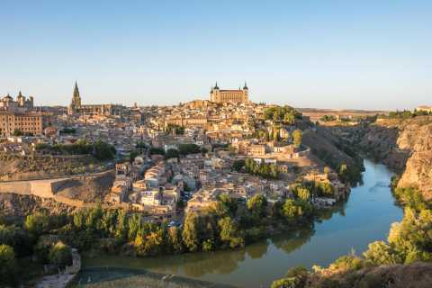 From Madrid: Toledo, Segovia, & Alcazar Small-Group Tour